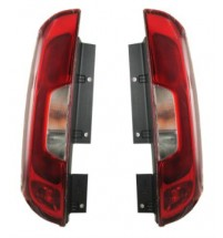 Fiat Doblo Rear Back Tail Light Pair 2 Rear Doors 2015 Onwards